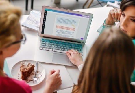 jak zaprojektować ebook: warsztaty online w Canvie